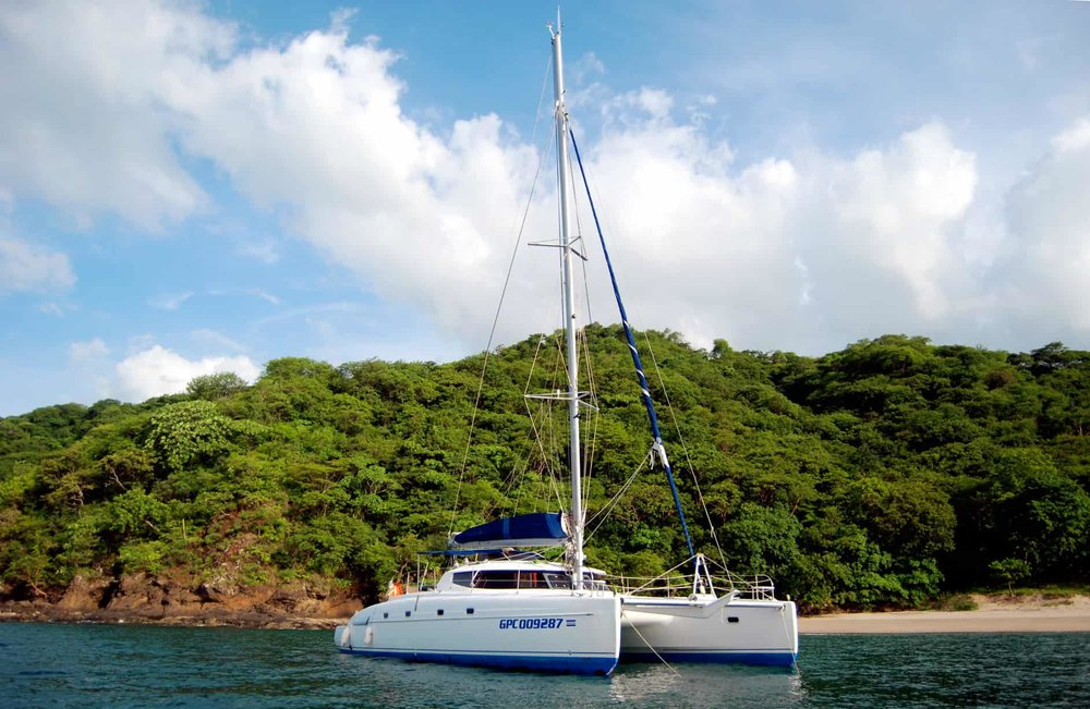 sailing catamaran tour tamarindo